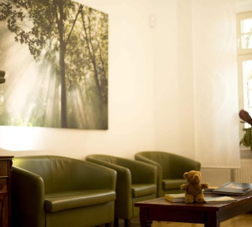 Wartezimmer in der Oralchirugie Zahnarztpraxis Leipzig Lindenau